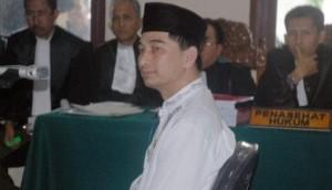 Mantan Bupati Pandeglang, Dimyati Natakusuma, disidang dakwaan korupsi. (Antara/ Asep Fathulrahman)