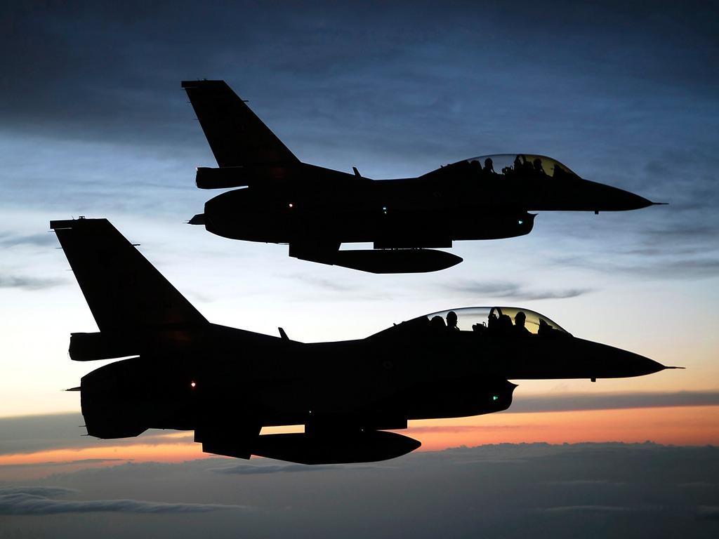 Pesawat F-16 Amerika Pesawat tempur F-16 C/D 52ID