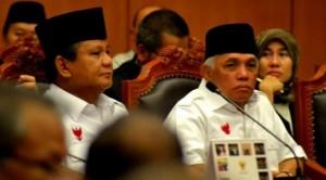 Pasangan calon presiden Prabowo Subianto-Hatta Rajasa mengikuti sidang perdana perselisihan hasil pemilihan umum (PHPU) presiden dan wakil presiden 2014 di Mahkamah Konstitusi (MK)