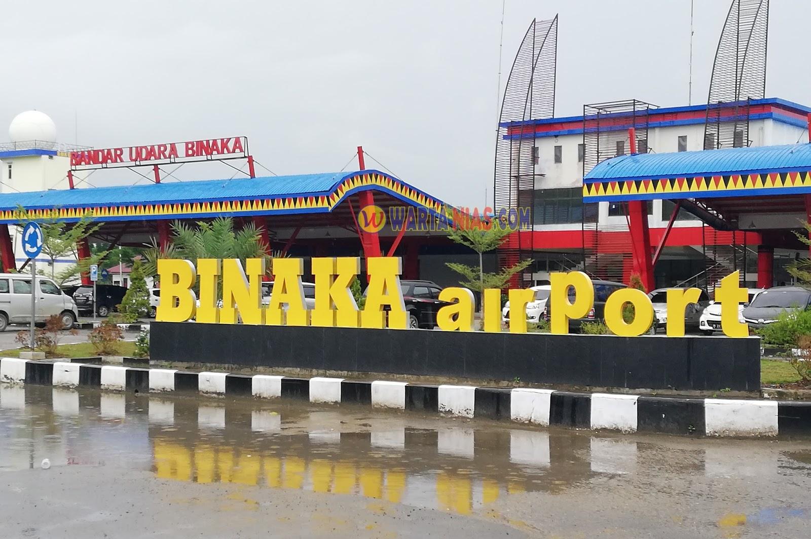 Hasil gambar untuk Bandara Binaka.