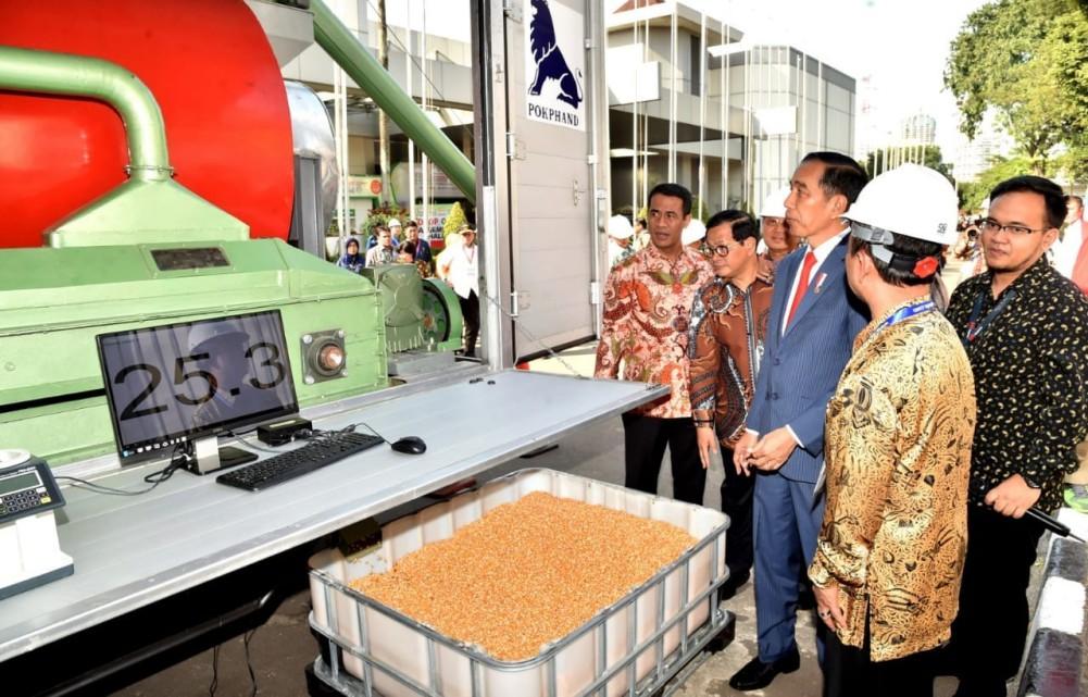 presiden-apresiasi-perkembangan-peternakan-di-tanah-air-2-1