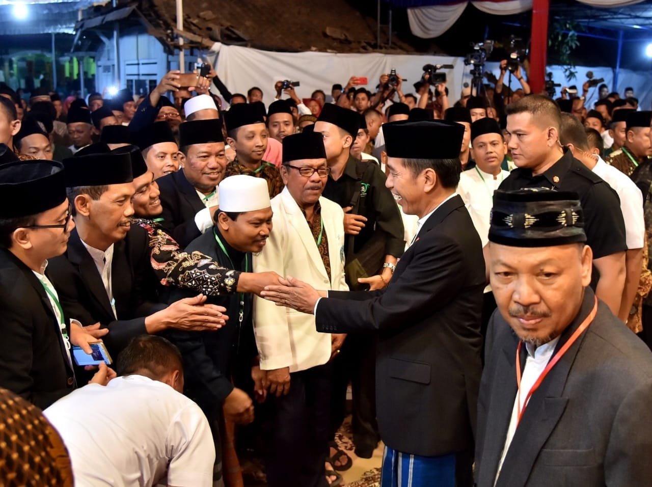 presiden-ingatkan-berprasangka-baik-adalah-budaya-dan-etika-bangsa-indonesia-9