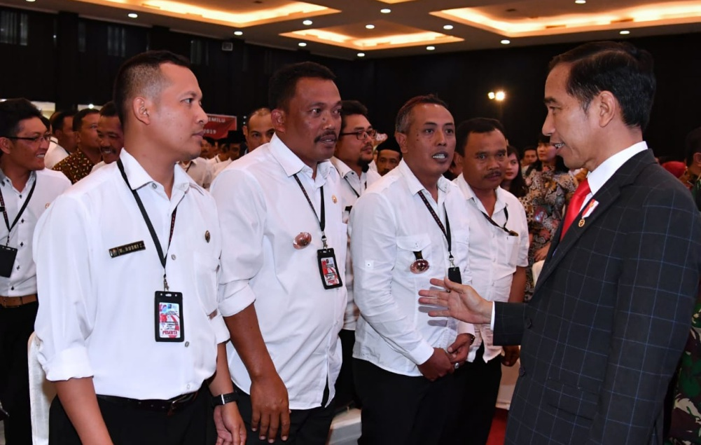 presiden-bertemu-perangkat-desa-di-yogyakarta-8-1