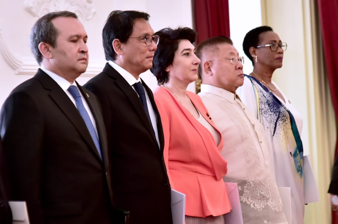 presiden-jokowi-terima-surat-kepercayaan-8-duta-besar-negara-sahabat-7