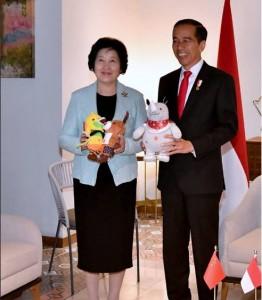 Presiden bertemu PM RRT Coffe Tea House, Kompleks Gelora Bung Karno (GBK), Jakarta, Minggu (18/8). (Foto: BPMI).