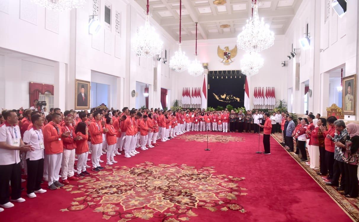 presiden-jokowi-pastikan-bonus-atlet-langsung-diterima-6