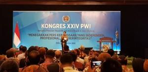 Presiden Jokowi memberikan sambutan pada pembukaan Kongres XXIV PWI, di The Sunan Hotel, Solo, Jateng, Jumat (28/9) siang. (Foto: IST)