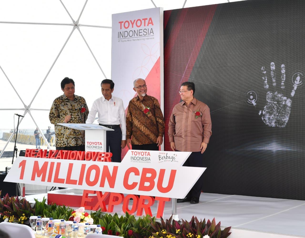 lepas-ekspor-toyota-indonesia-presiden-jokowi-dorong-industri-tingkatkan-ekspor-dan-investasi-15