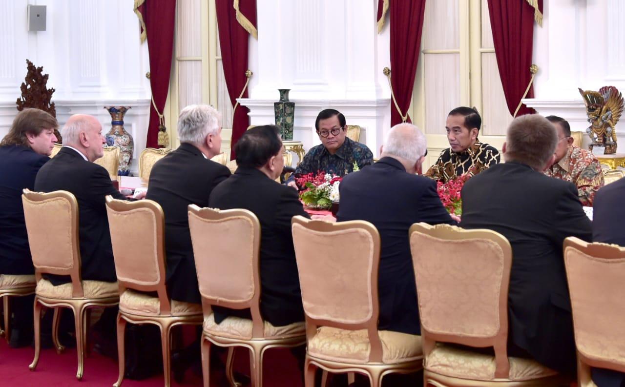 presiden-jokowi-terima-kunjungan-senat-republik-ceko-3