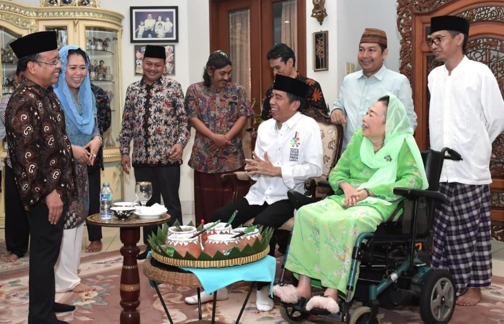 presiden-silaturahmi-ke-kediaman-ibu-sinta-nuriyah-wahid-7-1