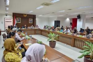 Suasana Sosialisasi Studi Pustaka Holistic Investment Quotient, di Ruang Rapat Lantai IV Gedung III Kemensetneg, Jakarta, Jumat (28/9) pagi. (Foto: JAY/Humas)