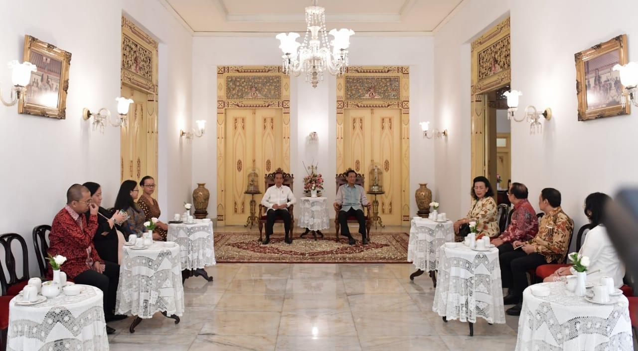 silaturahmi-ke-keraton-jogja-presiden-santap-jajanan-khas-yogyakarta-4
