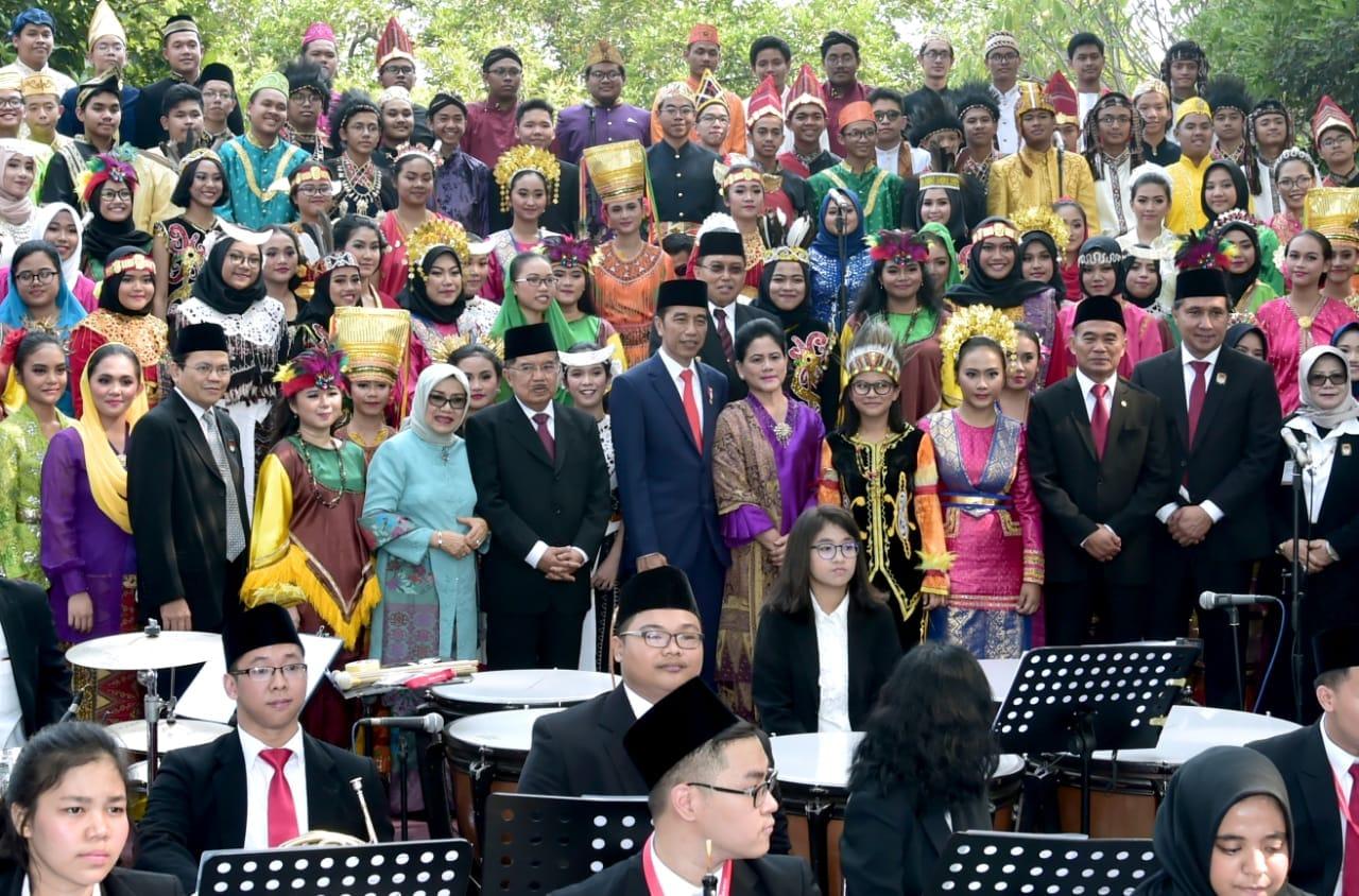 presiden-jokowi-pimpin-upacara-peringatan-hari-kesaktian-pancasila-2018-6