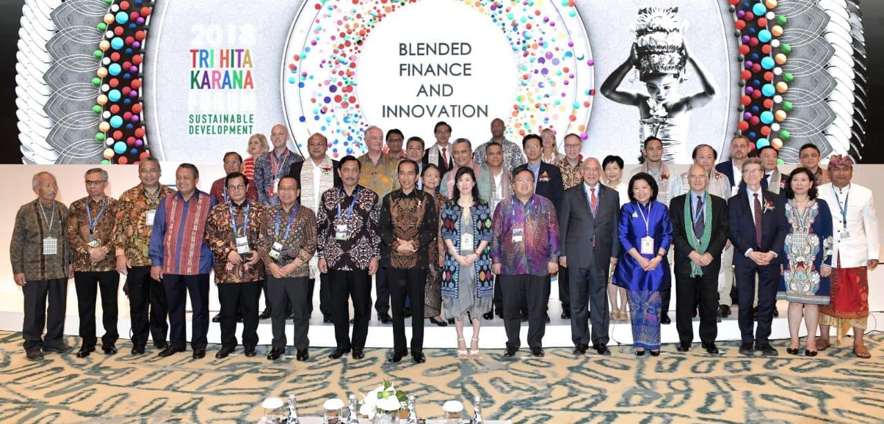 presiden-jokowi-ajak-delegasi-berbagai-negara-berbahagia-di-indonesia-19