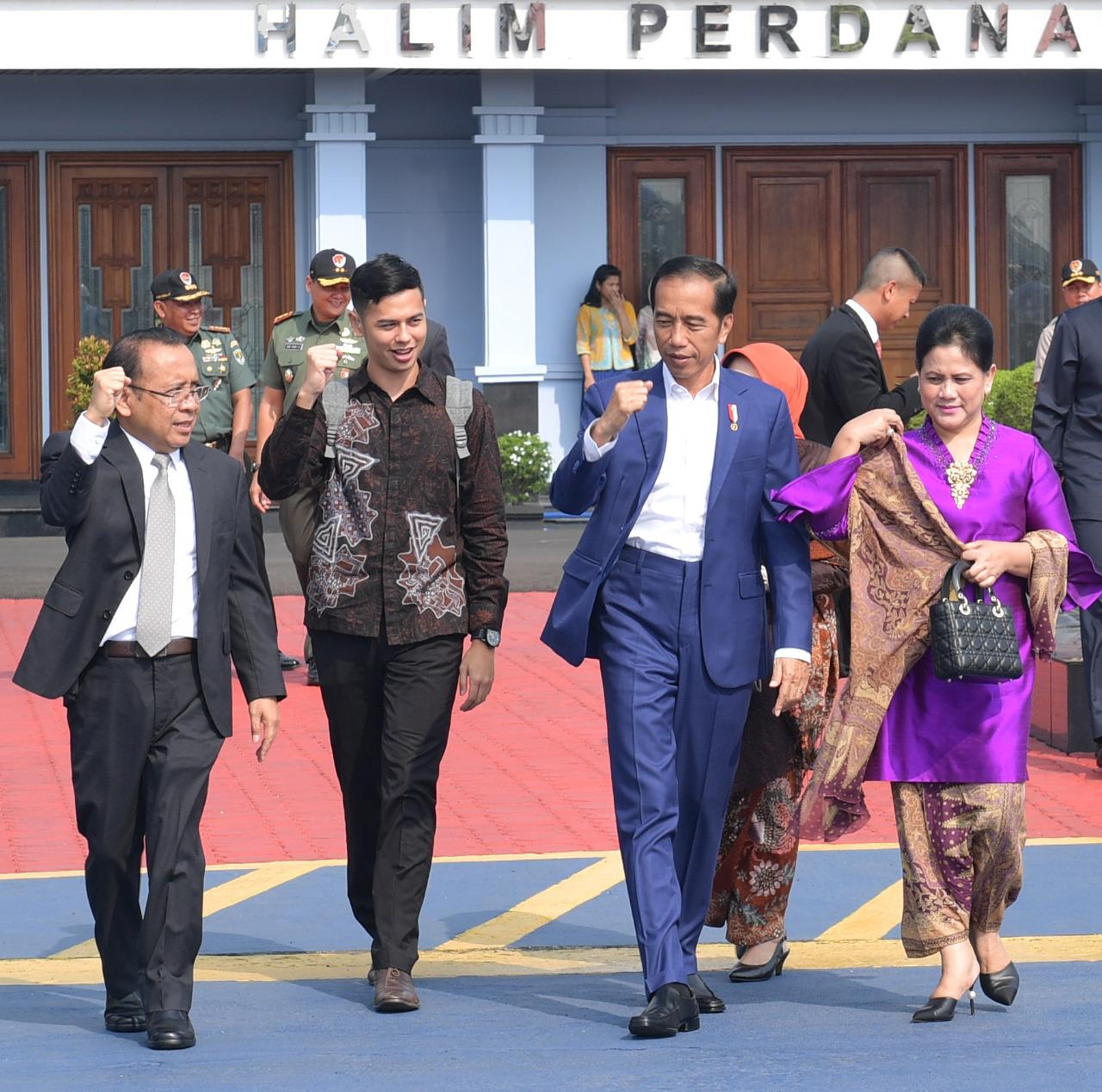 persiapan-presiden-jokowi-untuk-asian-para-games-2018-belajar-bahasa-isyarat-ke-surya-sahetapy-6
