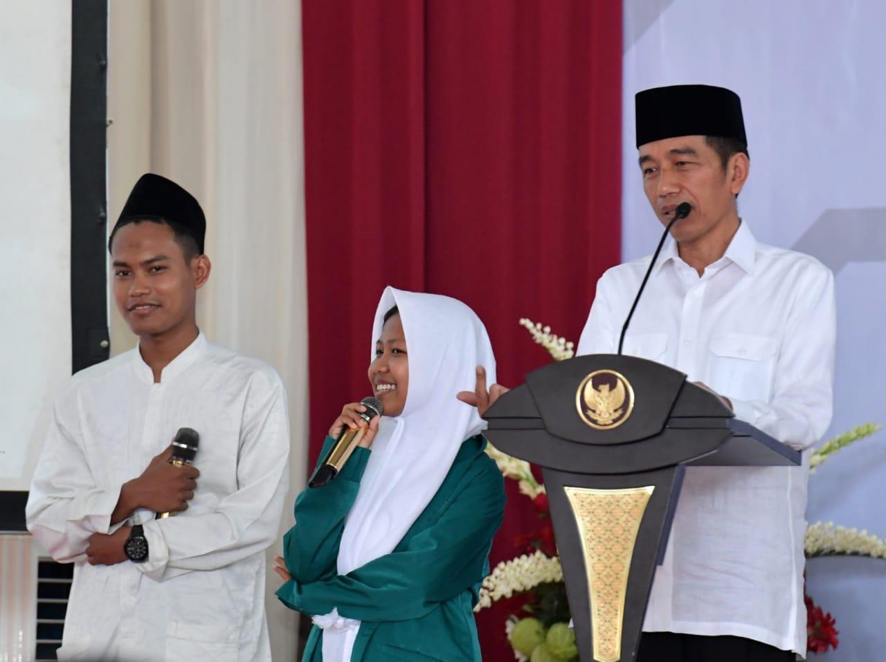presiden-ajak-para-santri-pelihara-kerukunan-dan-persatuan-12