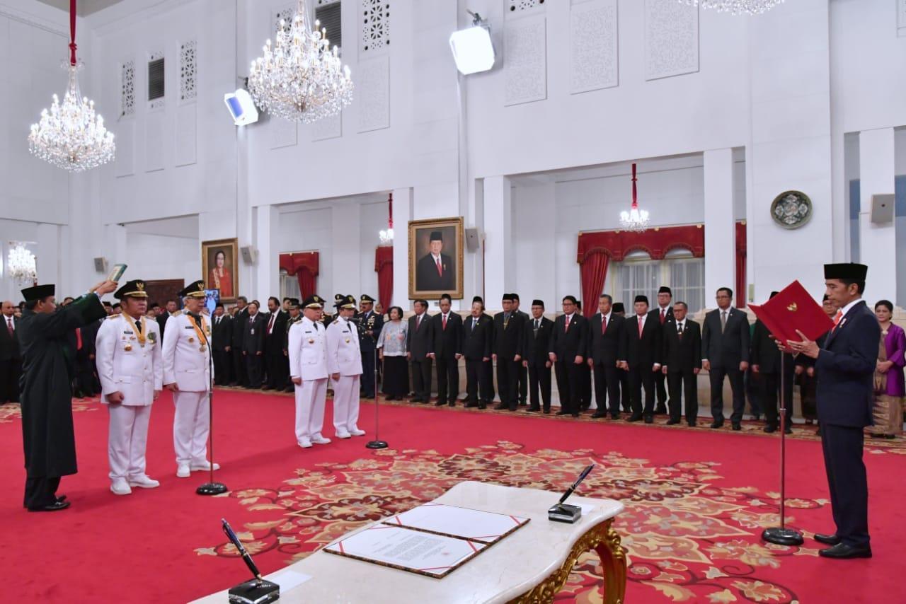 presiden-jokowi-lantik-gubernur-dan-wakil-gubernur-sumsel-serta-kaltim-10