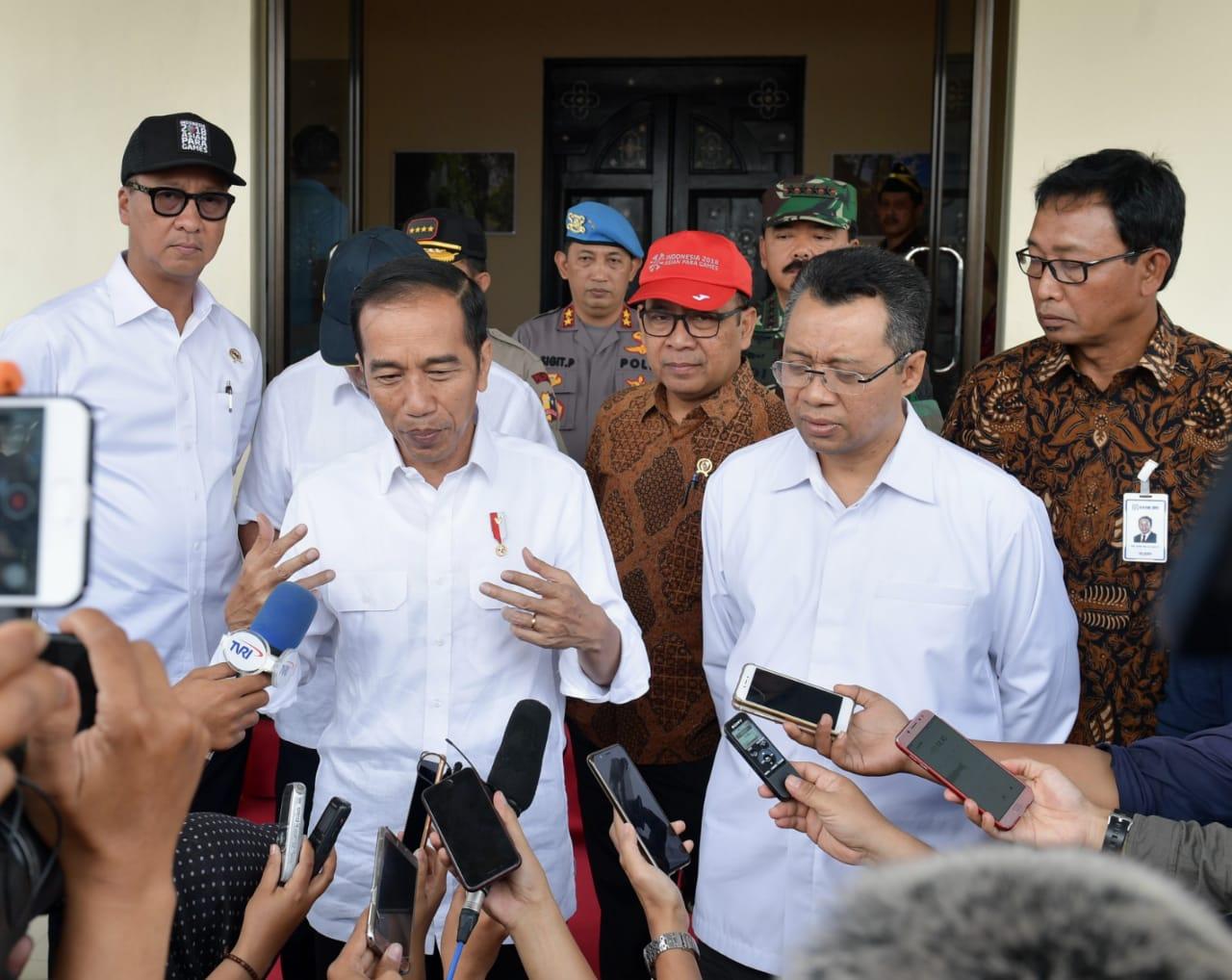 tiba-di-lombok-presiden-pimpin-rapat-rehabilitasi-dan-rekonstruksi-3
