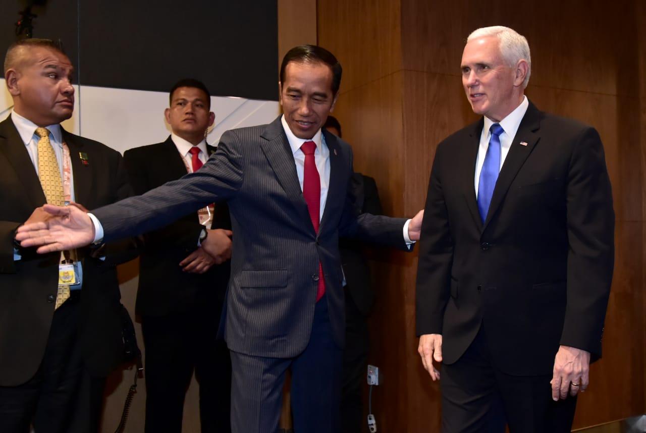 bertemu-mike-pence-presiden-jokowi-bahas-kerja-sama-di-tiga-bidang-7