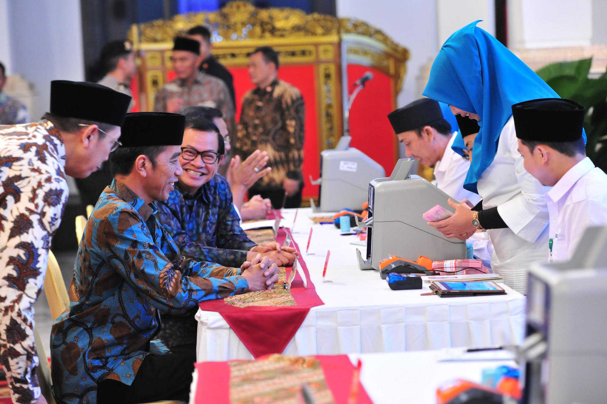 Saat Presiden Jokowi Tanya Menteri Agama Soal Perpres Zakat Bagi ASN