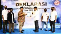 Relawan Jaringan Pemilih Cerdas (JPC) Kota Tangerang Selatan (Tangsel) mendeklarasikan dukungan untuk bakal calon Walikota dan Wakil Walikota, Benyamin Davnie-Pilar Saga Ichsan yang akan bertarung di Pilkada serentak akhir tahun ini.