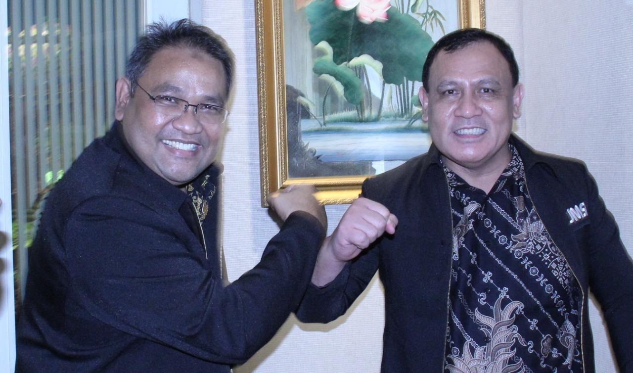Ketua JMSI, Teguh Santosa (kiri) saat bertemu Ketua KPK, Firli Bahuri, kemarin.