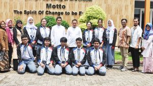 Siswa SMAN 2 Tangsel serta guru pembina bersiap menghadapi KSN 2020.