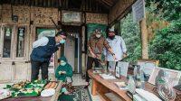 Menparekraf Tekankan Pentingnya Digitalisasi Pelaku Ekonomi Kreatif di Desa Wisata