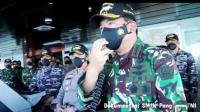 Panglima Tentara Nasional Indonesia (TNI) Marsekal Hadi Tjahjanto menyampaikan pesan kepada seluruh prajurit yang sedang melaksanakan pencarian dan pertolongan KRI Nanggala-402 yang hilang di Laut Bali.