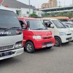Kendaraan travel gelap dikandangkan di Polda Metro Jaya. (Foto : PMJ/Gtg).