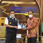 Gubernur Sumatera Selatan Herman Deru menerima kunjungan General Manager Telkom Wilayah Telekomunikasi Sumsel, Mustakim Wahyudi.