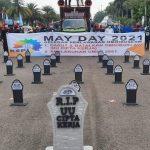 Nisan 'RIP RUU Cipta Kerja', Alat Aspirasi Massa Buruh di May Day 2021