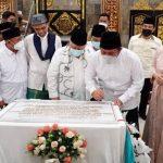 Peduli Pembangunan Rumah Ibadah, HD dan UAS Resmikan Masjid Al Falah