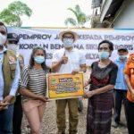 Serahkan Bantuan Langsung ke Korban Banjir di NTT, Ridwan Kamil Didoakan Jadi Presiden