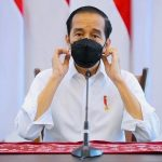 Presiden Jokowi saat menyampaikan keterangan pers terkait Penanganan COVID di Istana Kepresidenan Bogor, Jawa Barat, Rabu (23/06/2021). Foto: Dok/Setkab