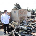 Gubernur HD Jamin Kebutuhan Makan Dan Tempat Tinggal Korban Kebakaran di Desa Pemulutan