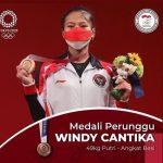 Persembahkan Medali, Ridwan Kamil Ganjar Windy Bonus Rp 300 Juta