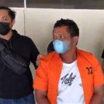 Polda Sumbar akhirnya meringkus Izet preman pemalak sopir truk di Padang yang videonya viral beberapa waktu lalu