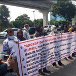 Aksi Masa Tuntut Usut Korupsi Masjid Sriwijaya Di Era Alex Noerdin, Pengamat: Segera Usut Dalangnya